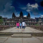 Campuchia cấm du khách ăn mặc hở hang vào Angkor Wat