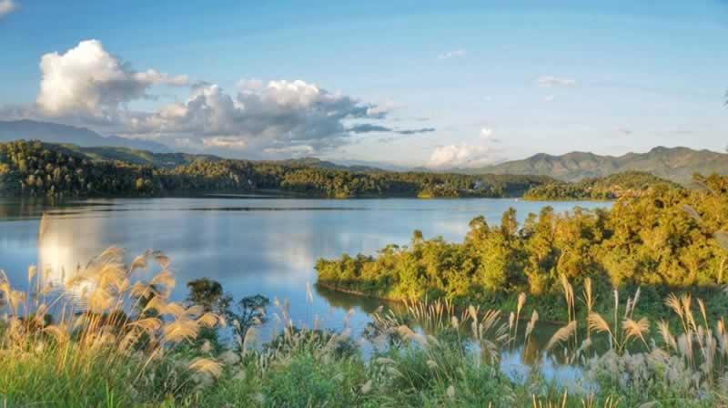 Hồ Pa Khoang - VietTraveler.com