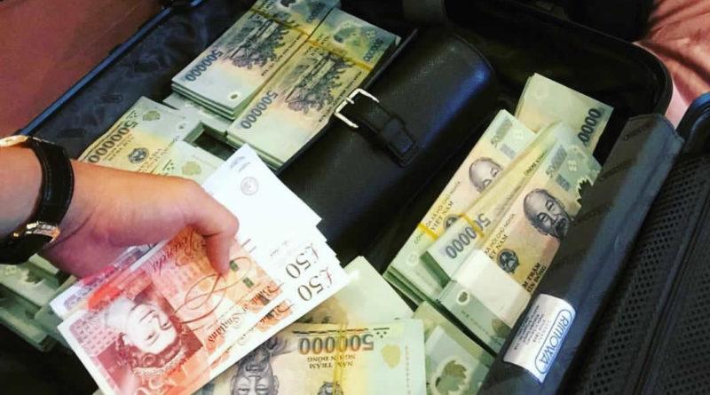 Hội rich kids Việt Nam 'đốt' tiền như thế nào?